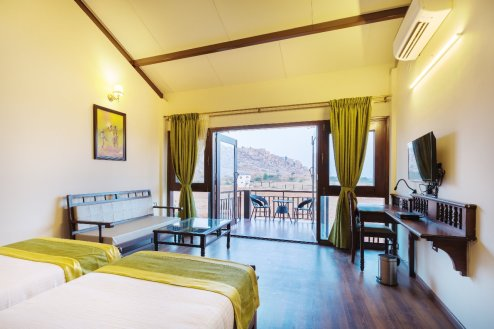 Spacious & comfortable room. PC: Shathayu Retreat